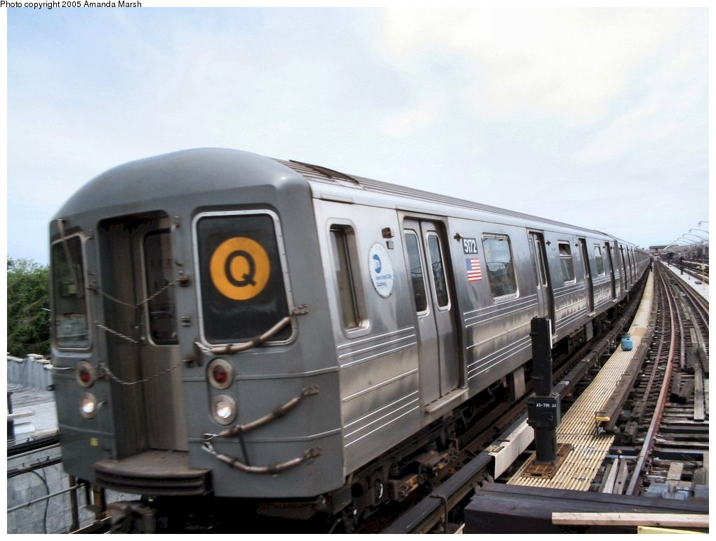 (127k, 1020x770)<br><b>Country:</b> United States<br><b>City:</b> New York<br><b>System:</b> New York City Transit<br><b>Line:</b> BMT Brighton Line<br><b>Location:</b> Ocean Parkway <br><b>Route:</b> Q<br><b>Car:</b> R-68A (Kawasaki, 1988-1989)  5172 <br><b>Photo by:</b> Amanda Marsh<br><b>Date:</b> 7/25/2004<br><b>Viewed (this week/total):</b> 3 / 2280