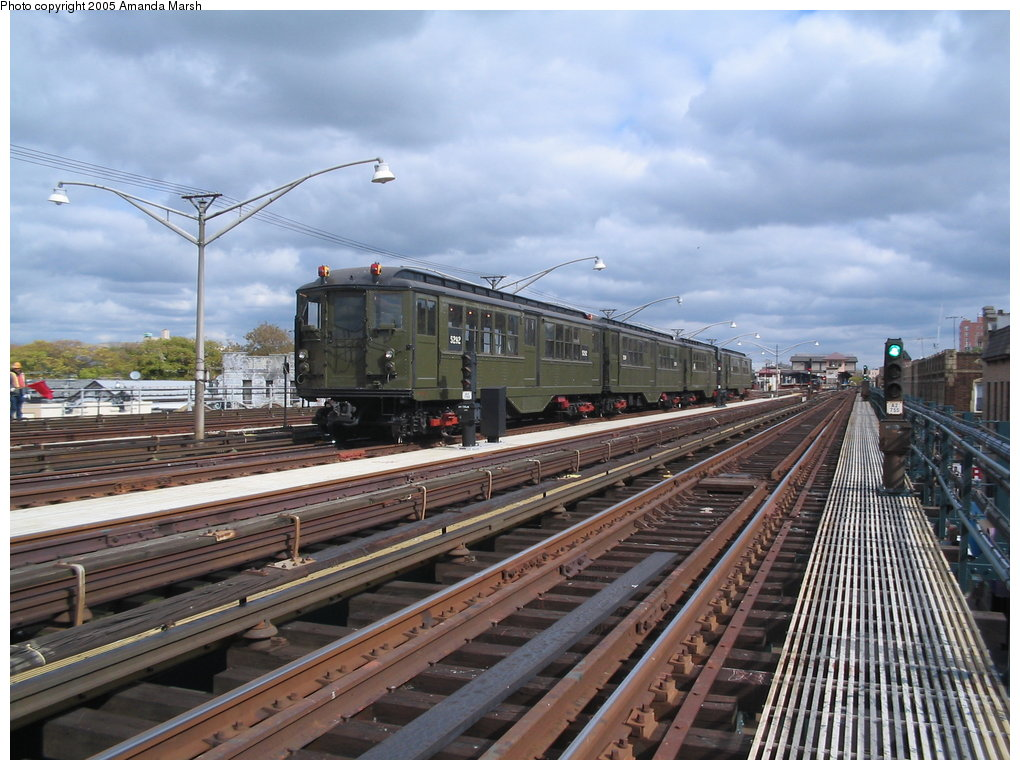 (182k, 1020x770)<br><b>Country:</b> United States<br><b>City:</b> New York<br><b>System:</b> New York City Transit<br><b>Line:</b> BMT Brighton Line<br><b>Location:</b> Brighton Beach <br><b>Route:</b> Fan Trip<br><b>Car:</b> Low-V (Museum Train) 5292 <br><b>Photo by:</b> Amanda Marsh<br><b>Date:</b> 10/22/2004<br><b>Viewed (this week/total):</b> 3 / 2143