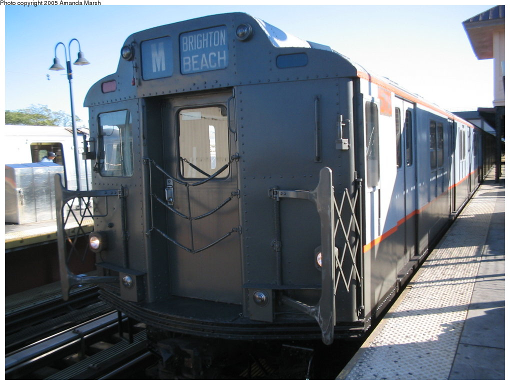 (146k, 1020x770)<br><b>Country:</b> United States<br><b>City:</b> New York<br><b>System:</b> New York City Transit<br><b>Line:</b> BMT Brighton Line<br><b>Location:</b> Brighton Beach <br><b>Route:</b> Fan Trip<br><b>Car:</b> R-7A (Pullman, 1938)  1575 <br><b>Photo by:</b> Amanda Marsh<br><b>Date:</b> 10/22/2004<br><b>Viewed (this week/total):</b> 0 / 2030