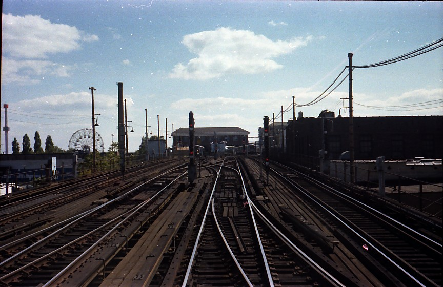(138k, 864x560)<br><b>Country:</b> United States<br><b>City:</b> New York<br><b>System:</b> New York City Transit<br><b>Location:</b> Coney Island/Stillwell Avenue<br><b>Photo by:</b> Stuart Gitlow<br><b>Date:</b> 10/1977<br><b>Viewed (this week/total):</b> 0 / 1901