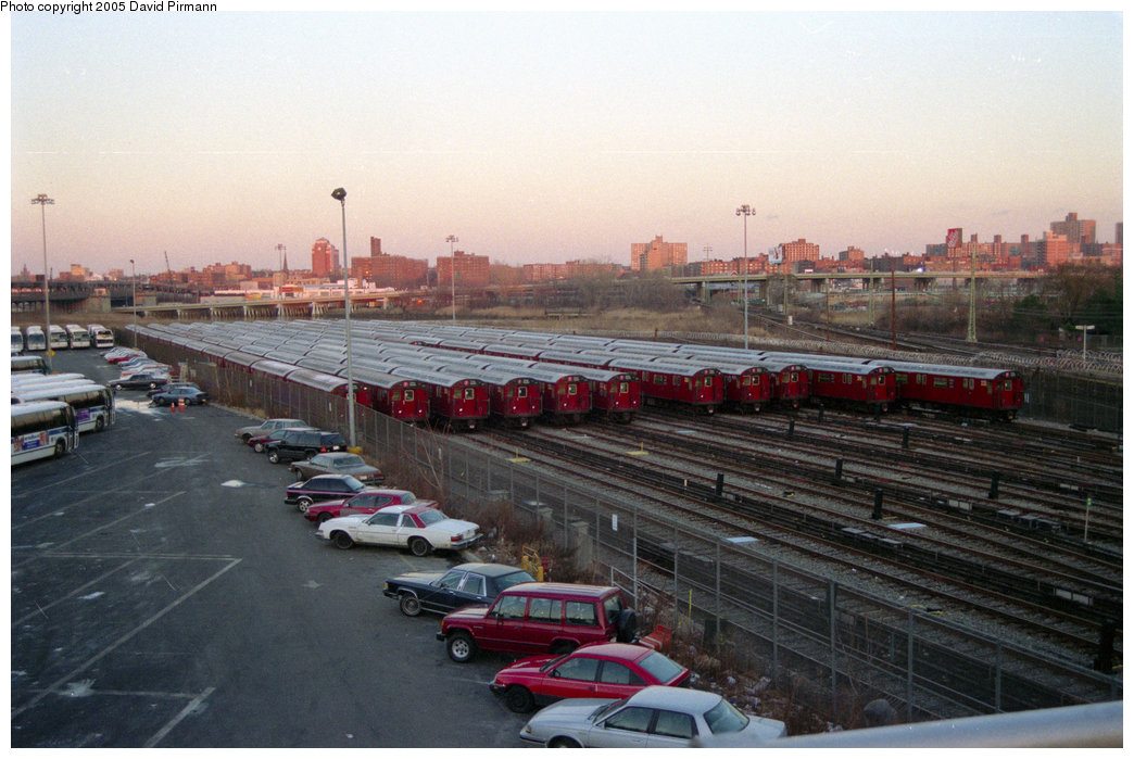 (192k, 1044x699)<br><b>Country:</b> United States<br><b>City:</b> New York<br><b>System:</b> New York City Transit<br><b>Location:</b> Corona Yard<br><b>Photo by:</b> David Pirmann<br><b>Date:</b> 12/16/1995<br><b>Viewed (this week/total):</b> 1 / 1666