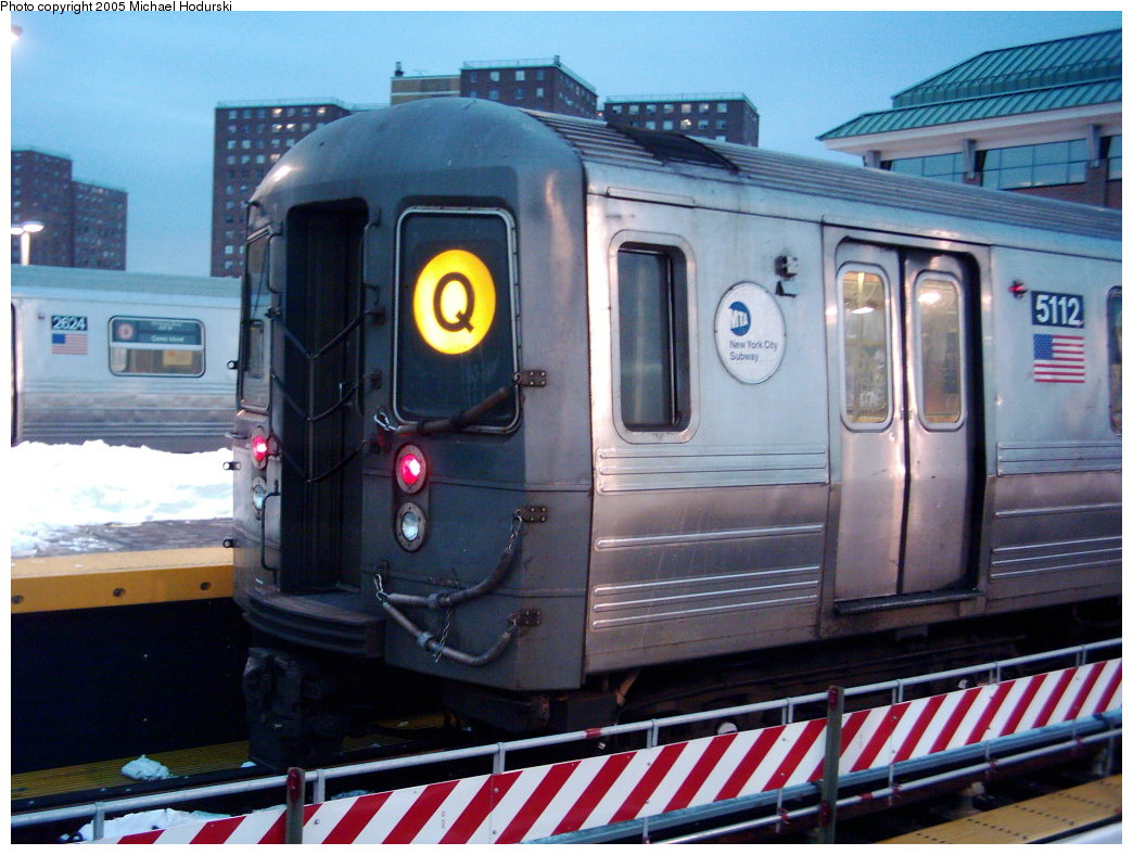 (190k, 1044x788)<br><b>Country:</b> United States<br><b>City:</b> New York<br><b>System:</b> New York City Transit<br><b>Location:</b> Coney Island/Stillwell Avenue<br><b>Route:</b> Q<br><b>Car:</b> R-68A (Kawasaki, 1988-1989)  5112 <br><b>Photo by:</b> Michael Hodurski<br><b>Date:</b> 1/2005<br><b>Viewed (this week/total):</b> 1 / 2255