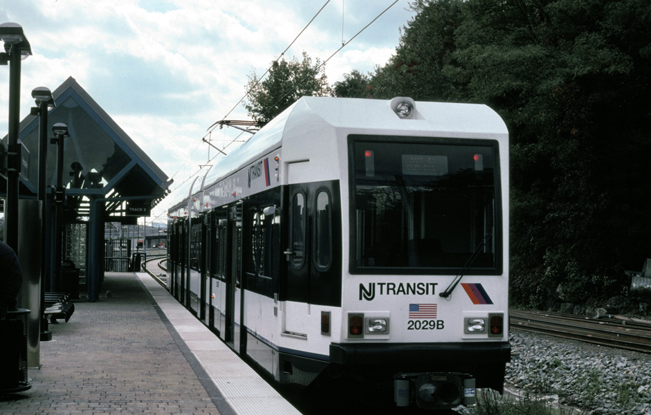 (197k, 941x600)<br><b>Country:</b> United States<br><b>City:</b> Weehawken, NJ<br><b>System:</b> Hudson Bergen Light Rail<br><b>Location:</b> Port Imperial <br><b>Car:</b> NJT-HBLR LRV (Kinki-Sharyo, 1998-99)  2029 <br><b>Photo by:</b> Chris Leverett<br><b>Date:</b> 10/16/2004<br><b>Viewed (this week/total):</b> 0 / 1566