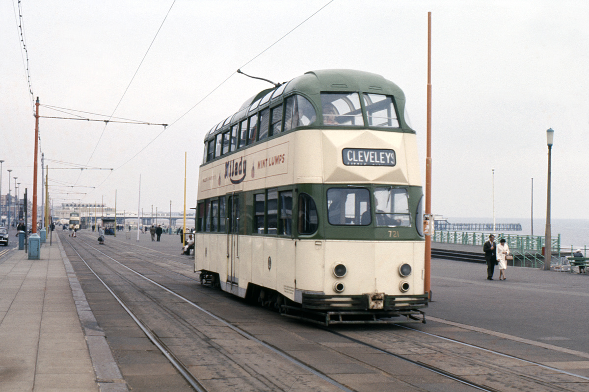 (199k, 1024x691)<br><b>Country:</b> United Kingdom<br><b>City:</b> Blackpool<br><b>System:</b> Blackpool Transport<br><b>Car:</b> Blackpool Balloon (English Electric, 1934-1935)  721 <br><b>Collection of:</b> David Pirmann/Frank Hicks<br><b>Notes:</b> Photo taken between 1968 and 1971.<br><b>Viewed (this week/total):</b> 3 / 1159