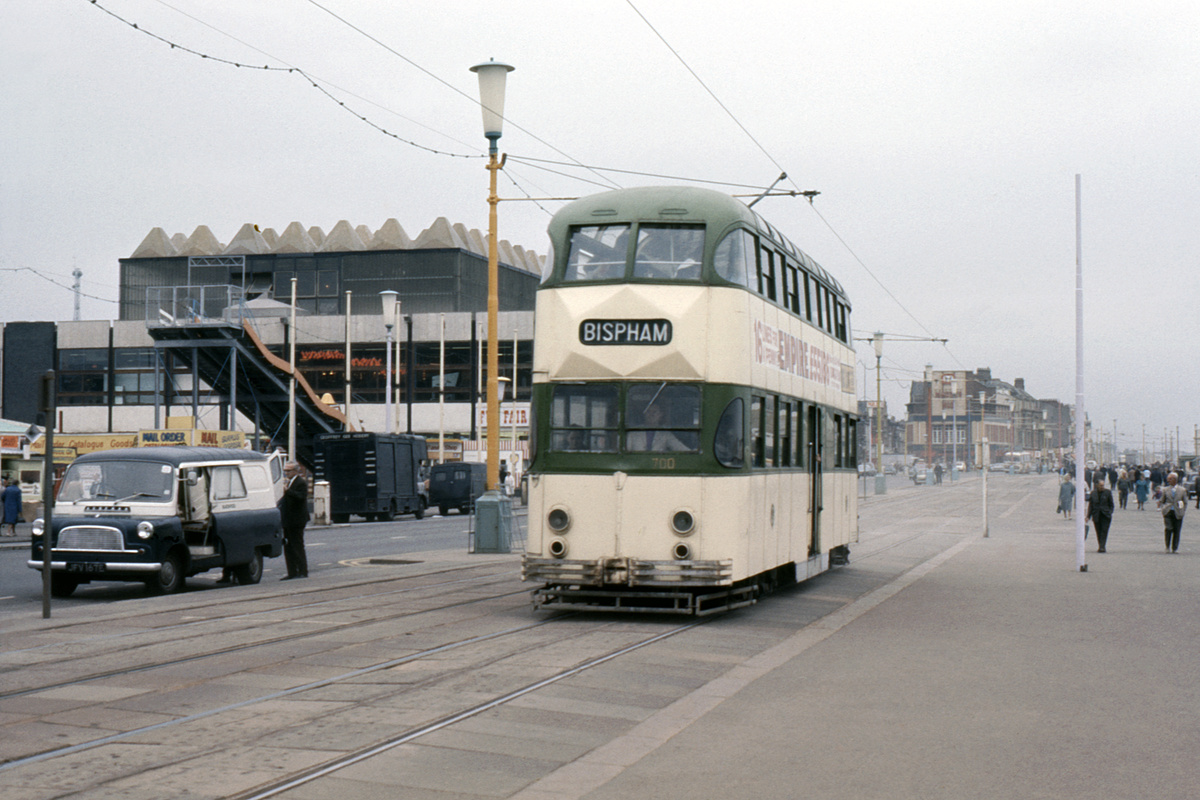 (190k, 1024x688)<br><b>Country:</b> United Kingdom<br><b>City:</b> Blackpool<br><b>System:</b> Blackpool Transport<br><b>Car:</b> Blackpool Balloon (English Electric, 1934-1935)  700 <br><b>Collection of:</b> David Pirmann/Frank Hicks<br><b>Notes:</b> Photo taken between 1968 and 1971.<br><b>Viewed (this week/total):</b> 0 / 1412