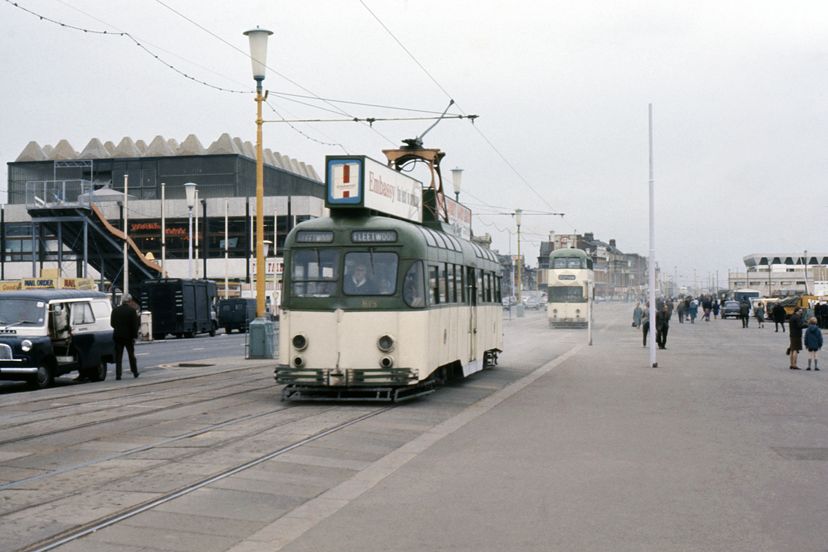 (195k, 1024x690)<br><b>Country:</b> United Kingdom<br><b>City:</b> Blackpool<br><b>System:</b> Blackpool Transport<br><b>Car:</b> Blackpool Tram 619 <br><b>Collection of:</b> David Pirmann/Frank Hicks<br><b>Notes:</b> Photo taken between 1968 and 1971.<br><b>Viewed (this week/total):</b> 2 / 1282