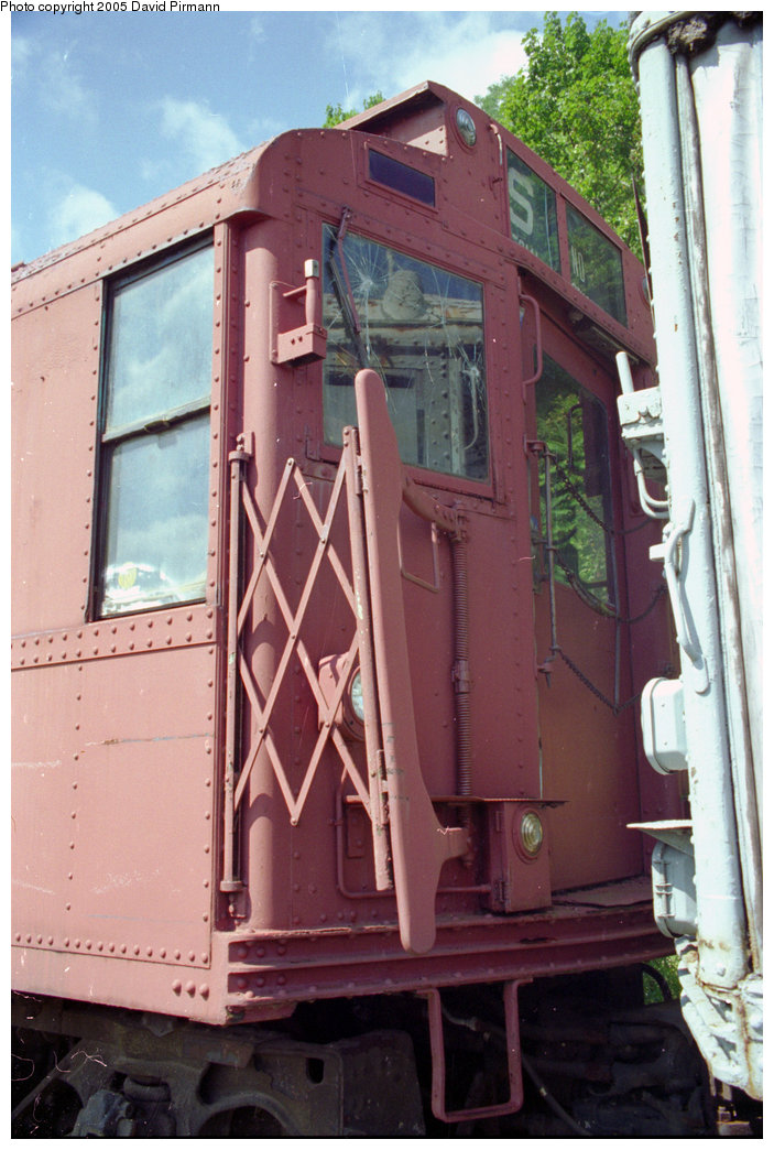 (198k, 703x1044)<br><b>Country:</b> United States<br><b>City:</b> Kingston, NY<br><b>System:</b> Trolley Museum of New York <br><b>Car:</b> R-4 (American Car & Foundry, 1932-1933) 825 <br><b>Photo by:</b> David Pirmann<br><b>Date:</b> 8/1996<br><b>Viewed (this week/total):</b> 2 / 1737