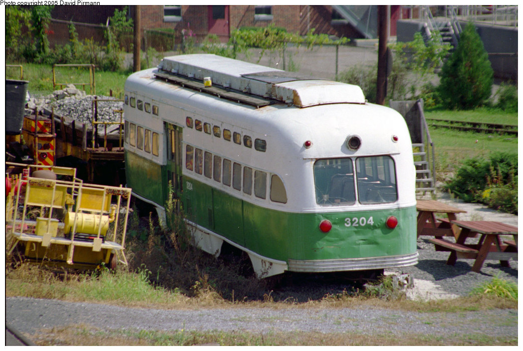 (229k, 1044x700)<br><b>Country:</b> United States<br><b>City:</b> Kingston, NY<br><b>System:</b> Trolley Museum of New York <br><b>Car:</b> MBTA/BSRy PCC Post-War All Electric (Pullman-Standard, 1946)  3204 <br><b>Photo by:</b> David Pirmann<br><b>Date:</b> 8/1996<br><b>Viewed (this week/total):</b> 5 / 2317