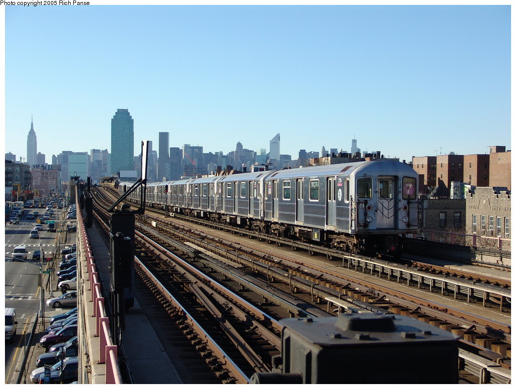 (208k, 1044x788)<br><b>Country:</b> United States<br><b>City:</b> New York<br><b>System:</b> New York City Transit<br><b>Line:</b> IRT Flushing Line<br><b>Location:</b> 40th Street/Lowery Street <br><b>Route:</b> 7<br><b>Car:</b> R-62A (Bombardier, 1984-1987)  2126 <br><b>Photo by:</b> Richard Panse<br><b>Date:</b> 11/14/2005<br><b>Viewed (this week/total):</b> 0 / 2518