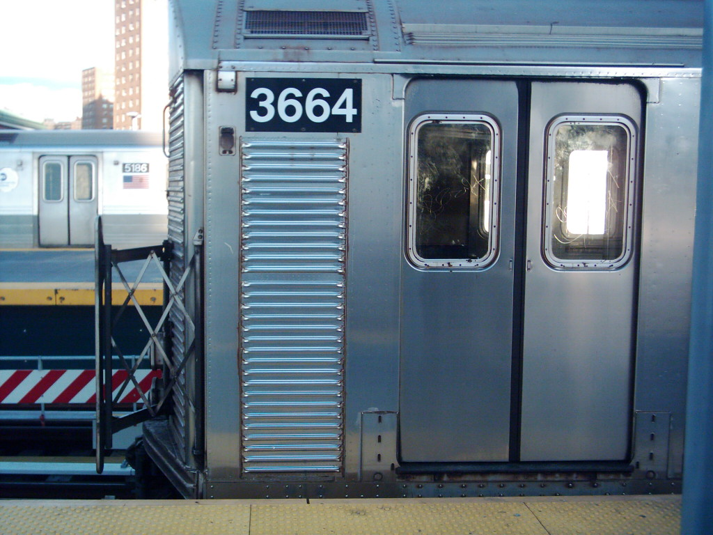 (214k, 1024x768)<br><b>Country:</b> United States<br><b>City:</b> New York<br><b>System:</b> New York City Transit<br><b>Location:</b> Coney Island/Stillwell Avenue<br><b>Route:</b> F<br><b>Car:</b> R-32 (Budd, 1964)  3664 <br><b>Photo by:</b> Michael Hodurski<br><b>Date:</b> 11/11/2005<br><b>Viewed (this week/total):</b> 0 / 3125