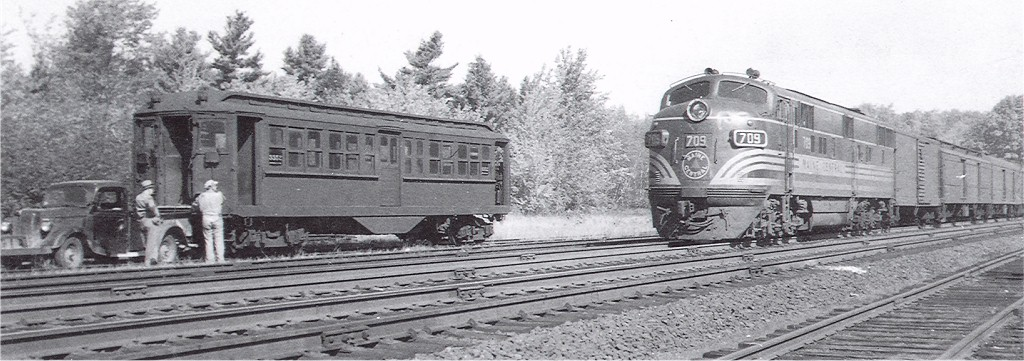(139k, 1024x361)<br><b>Country:</b> United States<br><b>City:</b> Kennebunk, ME<br><b>System:</b> Seashore Trolley Museum <br><b>Location:</b> Enroute to Seashore Trolley Museum<br><b>Car:</b> Hi-V 3352 <br><b>Collection of:</b> Joe Testagrose<br><b>Viewed (this week/total):</b> 2 / 2946