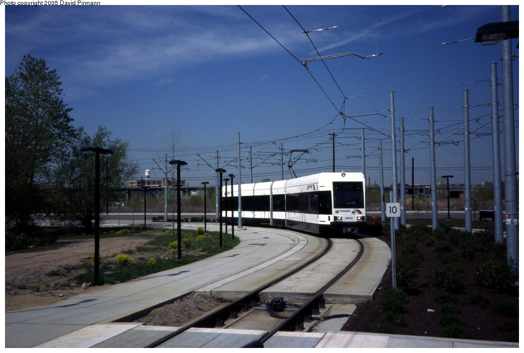 (171k, 1044x705)<br><b>Country:</b> United States<br><b>City:</b> Jersey City, NJ<br><b>System:</b> Hudson Bergen Light Rail<br><b>Location:</b> Jersey Avenue <br><b>Car:</b> NJT-HBLR LRV (Kinki-Sharyo, 1998-99)  2003 <br><b>Photo by:</b> David Pirmann<br><b>Date:</b> 4/29/2000<br><b>Viewed (this week/total):</b> 0 / 1927