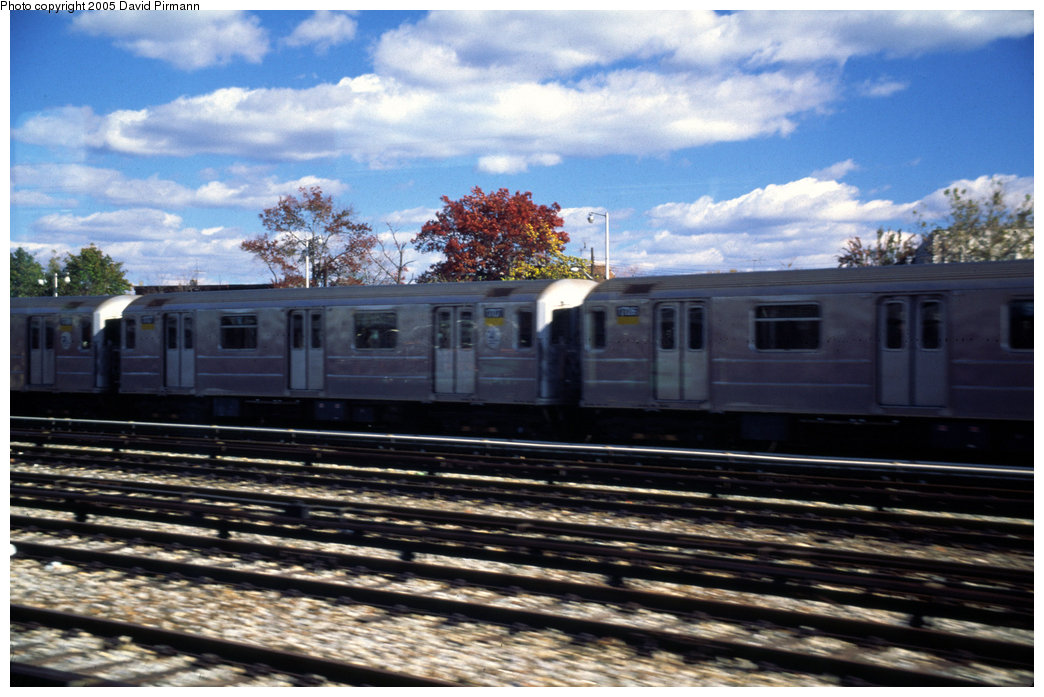 (198k, 1044x697)<br><b>Country:</b> United States<br><b>City:</b> New York<br><b>System:</b> New York City Transit<br><b>Location:</b> Unionport Yard<br><b>Car:</b> R-62A (Bombardier, 1984-1987)  1707 <br><b>Photo by:</b> David Pirmann<br><b>Date:</b> 12/5/1999<br><b>Viewed (this week/total):</b> 4 / 2693