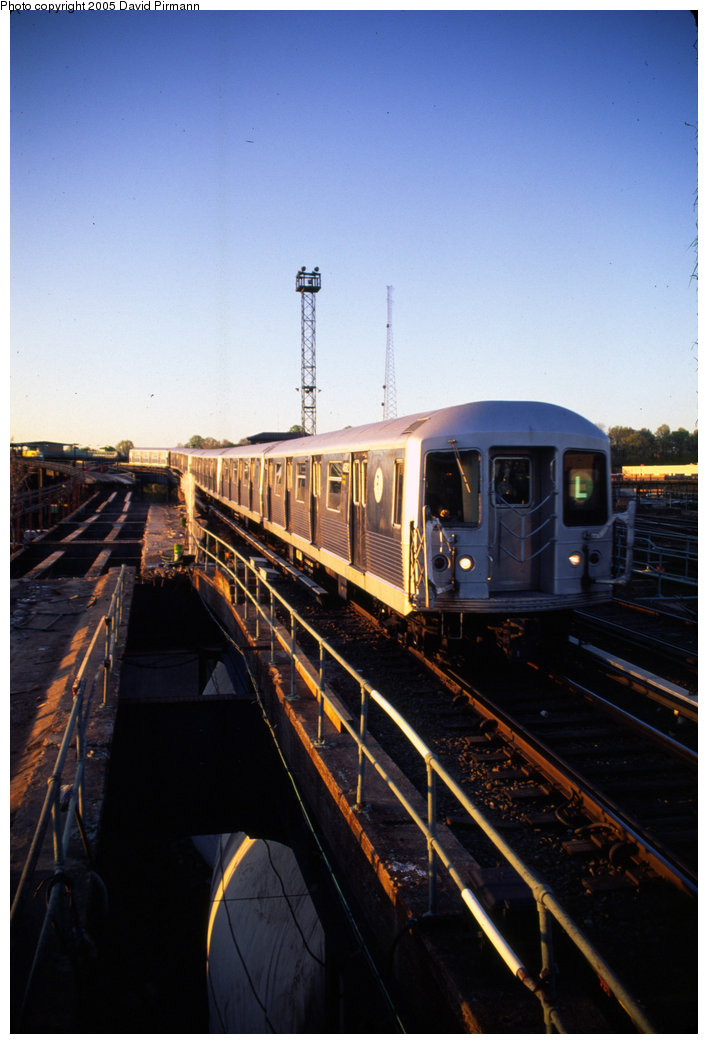 (161k, 708x1044)<br><b>Country:</b> United States<br><b>City:</b> New York<br><b>System:</b> New York City Transit<br><b>Line:</b> BMT Canarsie Line<br><b>Location:</b> Atlantic Avenue <br><b>Route:</b> L<br><b>Car:</b> R-42 (St. Louis, 1969-1970)  4821 <br><b>Photo by:</b> David Pirmann<br><b>Date:</b> 4/30/1999<br><b>Viewed (this week/total):</b> 1 / 2108