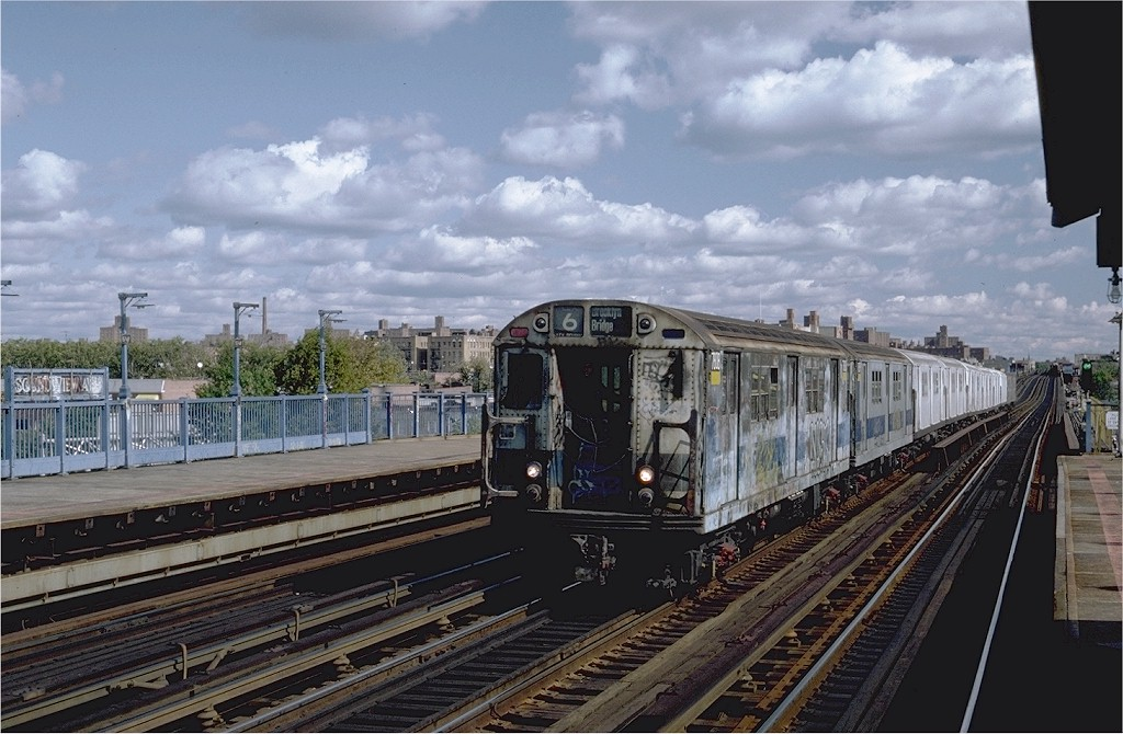 (197k, 1024x670)<br><b>Country:</b> United States<br><b>City:</b> New York<br><b>System:</b> New York City Transit<br><b>Line:</b> IRT Pelham Line<br><b>Location:</b> Morrison/Soundview Aves. <br><b>Route:</b> 6<br><b>Car:</b> R-26 (American Car & Foundry, 1959-60) 7808 <br><b>Photo by:</b> Steve Zabel<br><b>Collection of:</b> Joe Testagrose<br><b>Date:</b> 10/16/1982<br><b>Viewed (this week/total):</b> 4 / 3297
