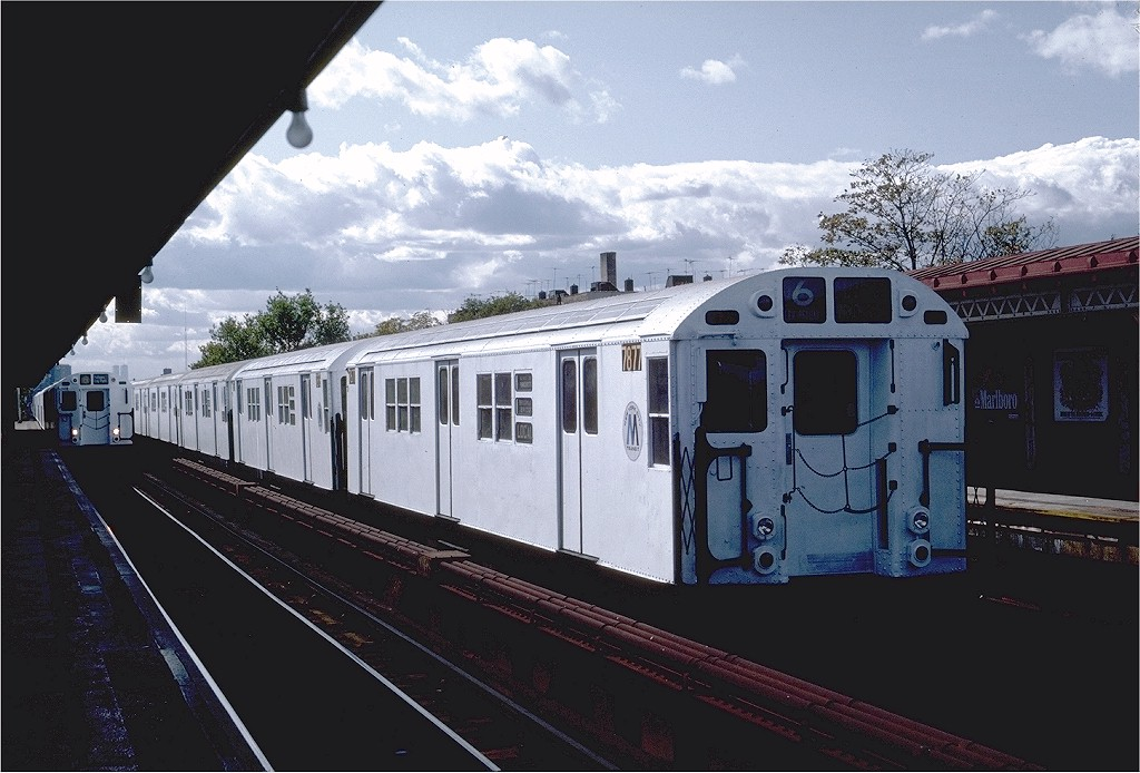 (180k, 1024x694)<br><b>Country:</b> United States<br><b>City:</b> New York<br><b>System:</b> New York City Transit<br><b>Line:</b> IRT Pelham Line<br><b>Location:</b> Westchester Square <br><b>Route:</b> 6<br><b>Car:</b> R-28 (American Car & Foundry, 1960-61) 7877 <br><b>Photo by:</b> Steve Zabel<br><b>Collection of:</b> Joe Testagrose<br><b>Date:</b> 10/16/1982<br><b>Viewed (this week/total):</b> 0 / 3053
