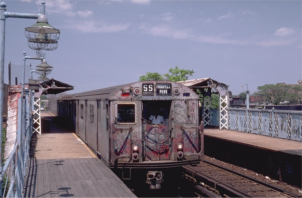 (219k, 1024x674)<br><b>Country:</b> United States<br><b>City:</b> New York<br><b>System:</b> New York City Transit<br><b>Line:</b> BMT Franklin<br><b>Location:</b> Dean Street <br><b>Route:</b> Franklin Shuttle<br><b>Car:</b> R-30 (St. Louis, 1961) 8353 <br><b>Photo by:</b> Steve Zabel<br><b>Collection of:</b> Joe Testagrose<br><b>Date:</b> 7/10/1982<br><b>Viewed (this week/total):</b> 8 / 8089