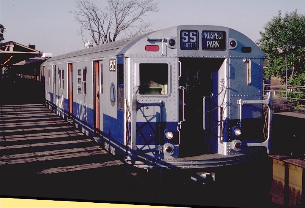 (187k, 1024x701)<br><b>Country:</b> United States<br><b>City:</b> New York<br><b>System:</b> New York City Transit<br><b>Line:</b> BMT Franklin<br><b>Location:</b> Franklin Avenue <br><b>Route:</b> Franklin Shuttle<br><b>Car:</b> R-30 (St. Louis, 1961) 8513 <br><b>Photo by:</b> Steve Zabel<br><b>Collection of:</b> Joe Testagrose<br><b>Date:</b> 9/19/1982<br><b>Viewed (this week/total):</b> 4 / 2391