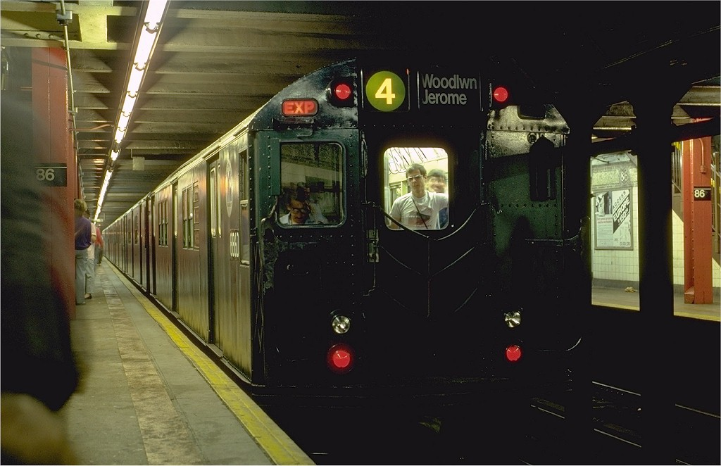 (153k, 1024x662)<br><b>Country:</b> United States<br><b>City:</b> New York<br><b>System:</b> New York City Transit<br><b>Line:</b> IRT East Side Line<br><b>Location:</b> 86th Street <br><b>Route:</b> Fan Trip<br><b>Car:</b> R-33 Main Line (St. Louis, 1962-63) 8860 <br><b>Photo by:</b> Eric Oszustowicz<br><b>Collection of:</b> Joe Testagrose<br><b>Date:</b> 5/24/1987<br><b>Viewed (this week/total):</b> 4 / 6868