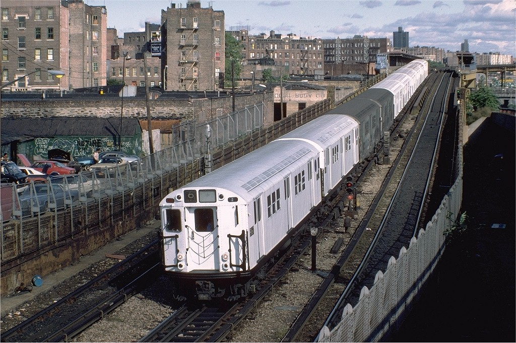(291k, 1024x681)<br><b>Country:</b> United States<br><b>City:</b> New York<br><b>System:</b> New York City Transit<br><b>Line:</b> IRT Pelham Line<br><b>Location:</b> Whitlock Avenue <br><b>Route:</b> 6<br><b>Car:</b> R-33 Main Line (St. Louis, 1962-63) 9167 <br><b>Photo by:</b> Steve Zabel<br><b>Collection of:</b> Joe Testagrose<br><b>Date:</b> 10/16/1982<br><b>Viewed (this week/total):</b> 9 / 3793