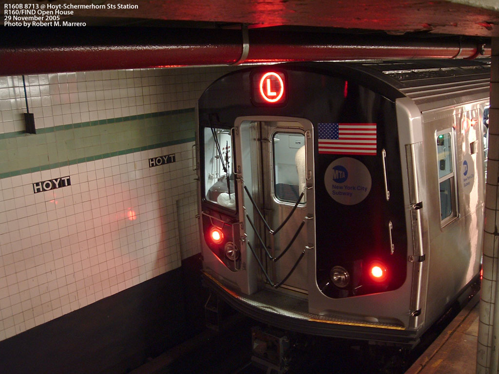 (189k, 1024x768)<br><b>Country:</b> United States<br><b>City:</b> New York<br><b>System:</b> New York City Transit<br><b>Line:</b> IND Fulton Street Line<br><b>Location:</b> Hoyt-Schermerhorn Street <br><b>Car:</b> R-160B (Kawasaki, 2005-2008)  8713 <br><b>Photo by:</b> Robert Marrero<br><b>Date:</b> 11/29/2005<br><b>Notes:</b> R160B open house.<br><b>Viewed (this week/total):</b> 6 / 5490