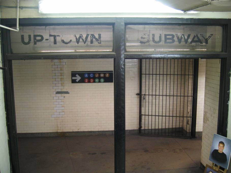 (67k, 909x682)<br><b>Country:</b> United States<br><b>City:</b> New York<br><b>System:</b> New York City Transit<br><b>Line:</b> IRT West Side Line<br><b>Location:</b> Fulton Street <br><b>Photo by:</b> Robbie Rosenfeld<br><b>Date:</b> 11/23/2005<br><b>Notes:</b> Station entrance.<br><b>Viewed (this week/total):</b> 2 / 3133