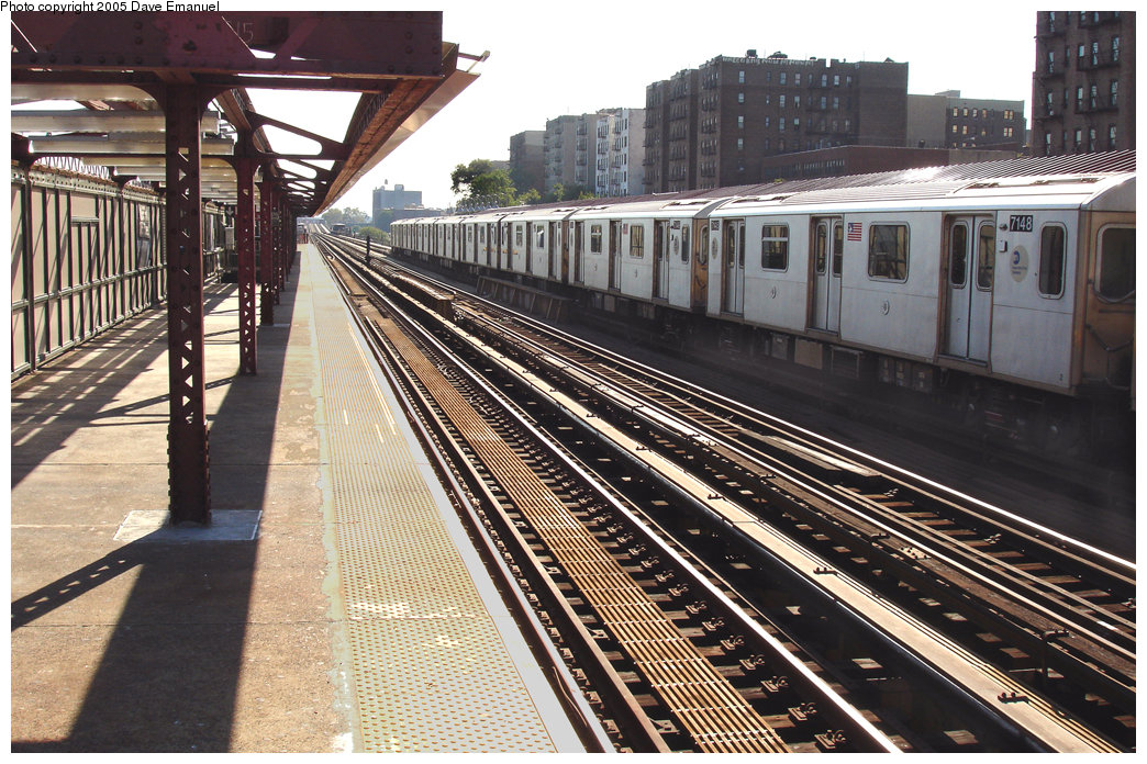 (283k, 1044x696)<br><b>Country:</b> United States<br><b>City:</b> New York<br><b>System:</b> New York City Transit<br><b>Line:</b> IRT Woodlawn Line<br><b>Location:</b> 176th Street <br><b>Route:</b> 4<br><b>Car:</b> R-142 (Option Order, Bombardier, 2002-2003)  7148 <br><b>Photo by:</b> Dave Emanuel<br><b>Date:</b> 10/1/2005<br><b>Viewed (this week/total):</b> 4 / 3743