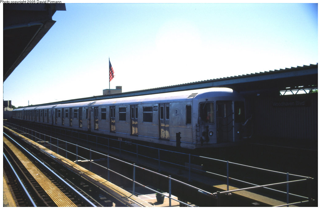 (137k, 1044x685)<br><b>Country:</b> United States<br><b>City:</b> New York<br><b>System:</b> New York City Transit<br><b>Line:</b> BMT Nassau Street/Jamaica Line<br><b>Location:</b> Woodhaven Boulevard <br><b>Route:</b> J<br><b>Car:</b> R-42 (St. Louis, 1969-1970)  4559 <br><b>Photo by:</b> David Pirmann<br><b>Date:</b> 8/1/1998<br><b>Viewed (this week/total):</b> 1 / 2684
