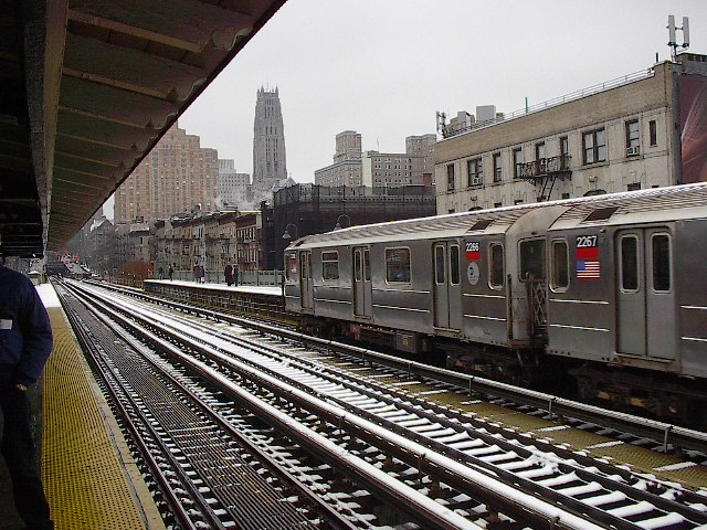 (129k, 640x480)<br><b>Country:</b> United States<br><b>City:</b> New York<br><b>System:</b> New York City Transit<br><b>Line:</b> IRT West Side Line<br><b>Location:</b> 125th Street <br><b>Route:</b> 1<br><b>Car:</b> R-62A (Bombardier, 1984-1987)  2266 <br><b>Photo by:</b> Bruce Fedow<br><b>Date:</b> 12/4/2005<br><b>Viewed (this week/total):</b> 3 / 3452
