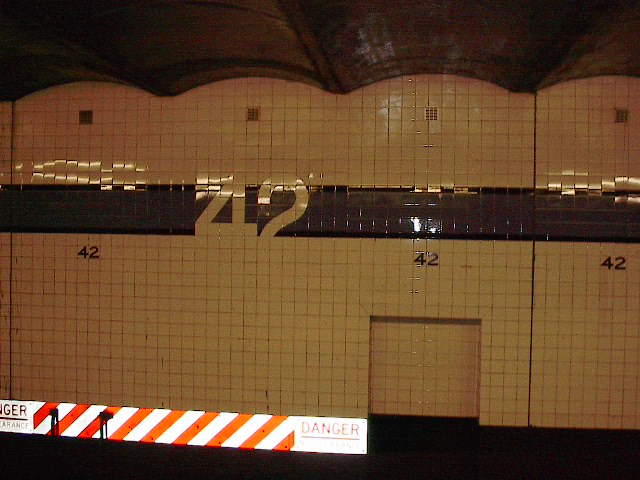 (89k, 640x480)<br><b>Country:</b> United States<br><b>City:</b> New York<br><b>System:</b> New York City Transit<br><b>Line:</b> IND 8th Avenue Line<br><b>Location:</b> 42nd Street/Port Authority Bus Terminal <br><b>Photo by:</b> Bruce Fedow<br><b>Date:</b> 12/4/2005<br><b>Viewed (this week/total):</b> 2 / 1881