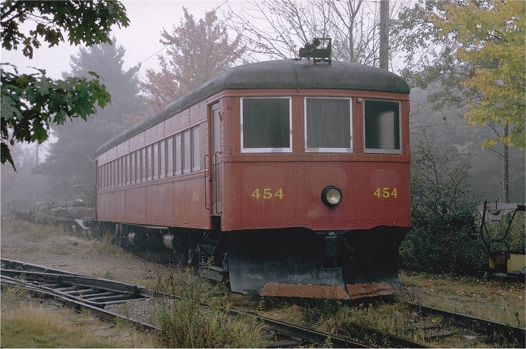 (288k, 1024x680)<br><b>Country:</b> United States<br><b>City:</b> Kennebunk, ME<br><b>System:</b> Seashore Trolley Museum <br><b>Car:</b> Quebec Railway 454 <br><b>Photo by:</b> Joe Testagrose<br><b>Date:</b> 10/10/1970<br><b>Viewed (this week/total):</b> 1 / 996