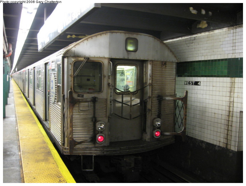 (124k, 820x620)<br><b>Country:</b> United States<br><b>City:</b> New York<br><b>System:</b> New York City Transit<br><b>Line:</b> IND 8th Avenue Line<br><b>Location:</b> West 4th Street/Washington Square <br><b>Route:</b> E<br><b>Car:</b> R-32 (Budd, 1964)  3688 <br><b>Photo by:</b> Gary Chatterton<br><b>Date:</b> 10/2/2008<br><b>Viewed (this week/total):</b> 13 / 1236