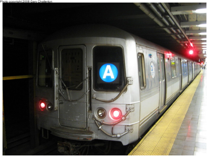(105k, 820x620)<br><b>Country:</b> United States<br><b>City:</b> New York<br><b>System:</b> New York City Transit<br><b>Line:</b> IND 8th Avenue Line<br><b>Location:</b> Canal Street-Holland Tunnel <br><b>Route:</b> A<br><b>Car:</b> R-44 (St. Louis, 1971-73) 5456 <br><b>Photo by:</b> Gary Chatterton<br><b>Date:</b> 10/2/2008<br><b>Viewed (this week/total):</b> 1 / 981