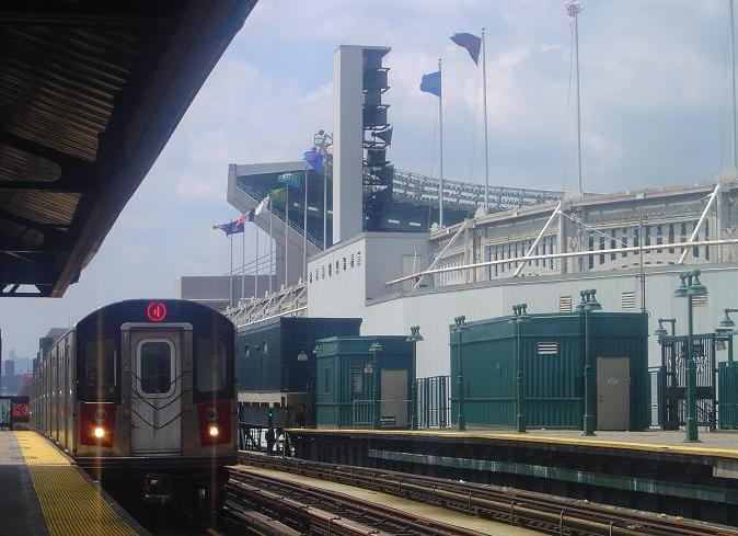(60k, 674x489)<br><b>Country:</b> United States<br><b>City:</b> New York<br><b>System:</b> New York City Transit<br><b>Line:</b> IRT Woodlawn Line<br><b>Location:</b> 161st Street/River Avenue (Yankee Stadium) <br><b>Route:</b> 4<br><b>Car:</b> R-142 or R-142A (Number Unknown)  <br><b>Photo by:</b> Phillip Lee<br><b>Date:</b> 8/9/2005<br><b>Viewed (this week/total):</b> 0 / 2872