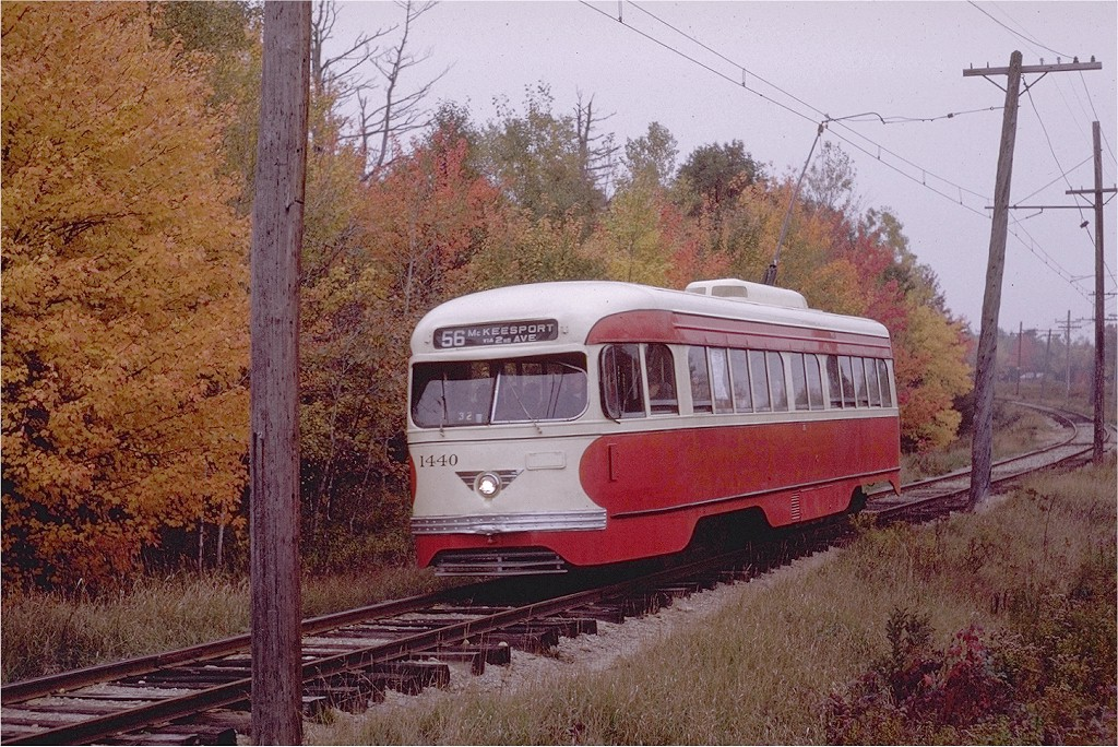 (281k, 1024x684)<br><b>Country:</b> United States<br><b>City:</b> Kennebunk, ME<br><b>System:</b> Seashore Trolley Museum <br><b>Car:</b> Pittsburgh Railways/PAT PCC 1440 <br><b>Photo by:</b> Joe Testagrose<br><b>Date:</b> 10/11/1970<br><b>Viewed (this week/total):</b> 0 / 757