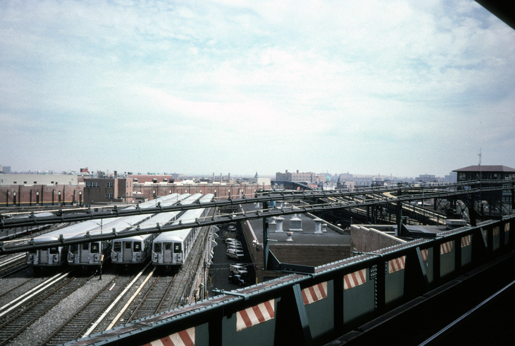 (245k, 1024x687)<br><b>Country:</b> United States<br><b>City:</b> New York<br><b>System:</b> New York City Transit<br><b>Location:</b> East New York Yard/Shops<br><b>Photo by:</b> Chris Leverett<br><b>Date:</b> 3/8/1998<br><b>Viewed (this week/total):</b> 1 / 1489