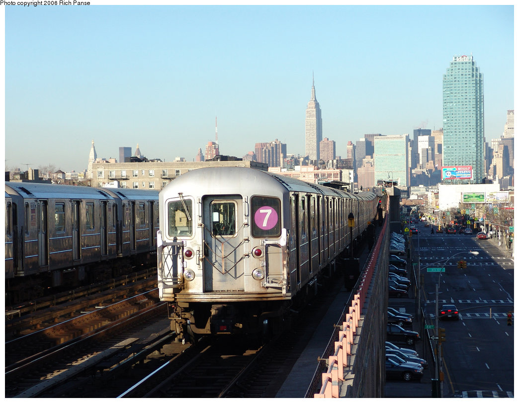 (224k, 1044x811)<br><b>Country:</b> United States<br><b>City:</b> New York<br><b>System:</b> New York City Transit<br><b>Line:</b> IRT Flushing Line<br><b>Location:</b> 46th Street/Bliss Street <br><b>Route:</b> 7<br><b>Car:</b> R-62A (Bombardier, 1984-1987)   <br><b>Photo by:</b> Richard Panse<br><b>Date:</b> 1/27/2006<br><b>Viewed (this week/total):</b> 0 / 2459