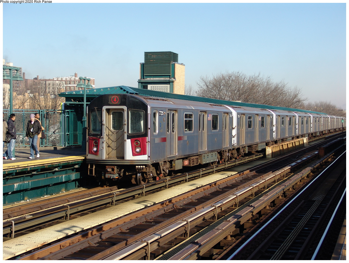 (284k, 1044x788)<br><b>Country:</b> United States<br><b>City:</b> New York<br><b>System:</b> New York City Transit<br><b>Line:</b> IRT Woodlawn Line<br><b>Location:</b> 161st Street/River Avenue (Yankee Stadium) <br><b>Route:</b> 4<br><b>Car:</b> R-142A (Option Order, Kawasaki, 2002-2003)  7725 <br><b>Photo by:</b> Richard Panse<br><b>Date:</b> 1/24/2006<br><b>Viewed (this week/total):</b> 2 / 2992
