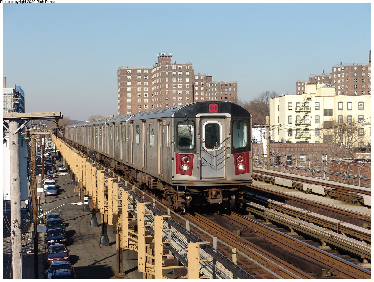 (278k, 1044x788)<br><b>Country:</b> United States<br><b>City:</b> New York<br><b>System:</b> New York City Transit<br><b>Line:</b> IRT White Plains Road Line<br><b>Location:</b> Burke Avenue <br><b>Route:</b> 2<br><b>Car:</b> R-142 (Primary Order, Bombardier, 1999-2002)  6661 <br><b>Photo by:</b> Richard Panse<br><b>Date:</b> 1/24/2006<br><b>Viewed (this week/total):</b> 2 / 3504