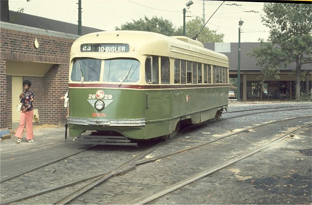 (229k, 1024x674)<br><b>Country:</b> United States<br><b>City:</b> Philadelphia, PA<br><b>System:</b> SEPTA (or Predecessor)<br><b>Line:</b> Rt. 23-Germantown <br><b>Location:</b> Bethlehem Pike/Chestnut Hill Loop <br><b>Car:</b> PTC/SEPTA Wartime Air-car PCC (St.Louis, 1942)  2629 <br><b>Photo by:</b> Ed McKernan<br><b>Collection of:</b> Joe Testagrose<br><b>Date:</b> 9/18/1976<br><b>Viewed (this week/total):</b> 0 / 1865