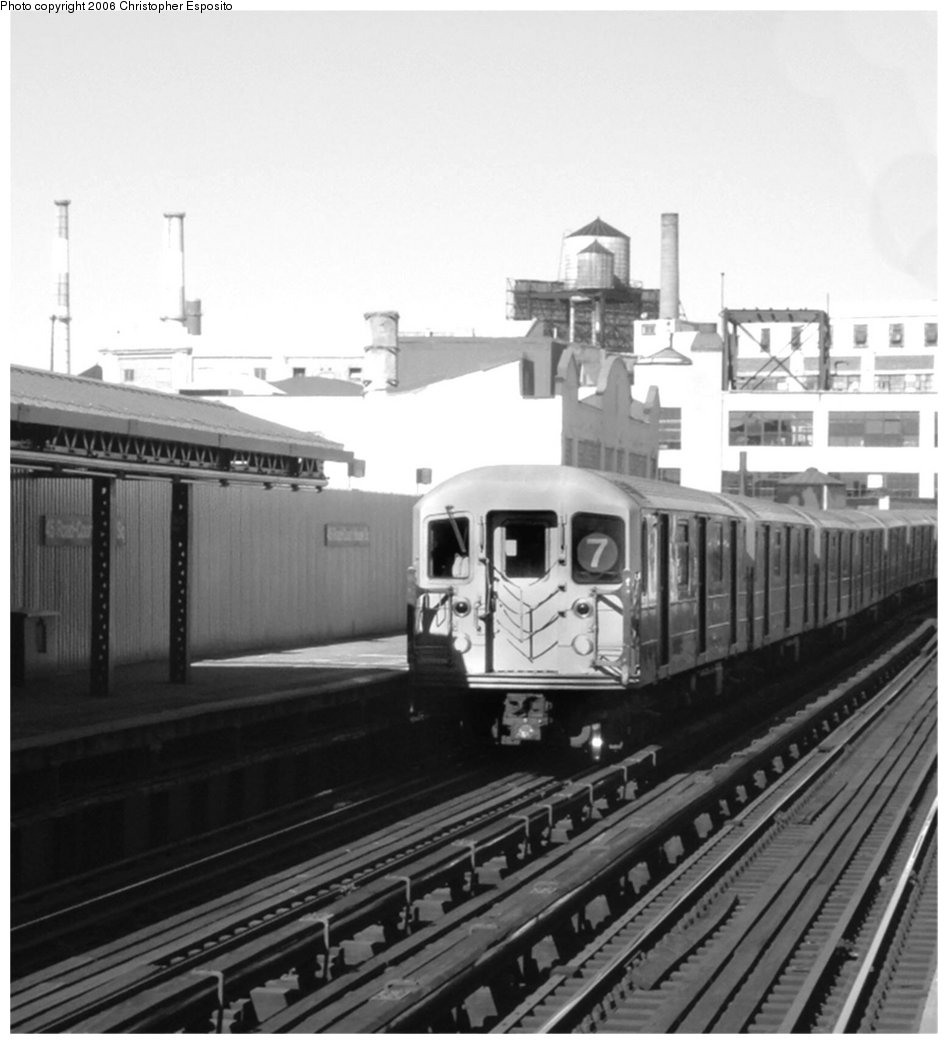 (125k, 948x1044)<br><b>Country:</b> United States<br><b>City:</b> New York<br><b>System:</b> New York City Transit<br><b>Line:</b> IRT Flushing Line<br><b>Location:</b> Court House Square/45th Road <br><b>Route:</b> 7<br><b>Car:</b> R-62A (Bombardier, 1984-1987)   <br><b>Photo by:</b> Christopher Esposito<br><b>Date:</b> 10/12/2004<br><b>Viewed (this week/total):</b> 0 / 1398