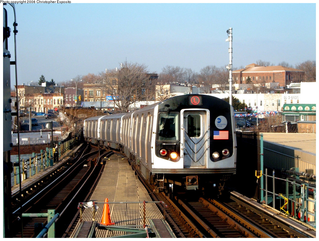 (246k, 1044x788)<br><b>Country:</b> United States<br><b>City:</b> New York<br><b>System:</b> New York City Transit<br><b>Line:</b> BMT Canarsie Line<br><b>Location:</b> Broadway Junction <br><b>Route:</b> L<br><b>Car:</b> R-143 (Kawasaki, 2001-2002)  <br><b>Photo by:</b> Christopher Esposito<br><b>Date:</b> 12/30/2004<br><b>Viewed (this week/total):</b> 2 / 2922