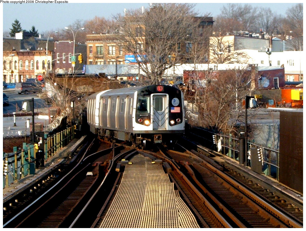 (281k, 1044x788)<br><b>Country:</b> United States<br><b>City:</b> New York<br><b>System:</b> New York City Transit<br><b>Line:</b> BMT Canarsie Line<br><b>Location:</b> Broadway Junction <br><b>Route:</b> L<br><b>Car:</b> R-143 (Kawasaki, 2001-2002)  <br><b>Photo by:</b> Christopher Esposito<br><b>Date:</b> 12/30/2004<br><b>Viewed (this week/total):</b> 1 / 3894