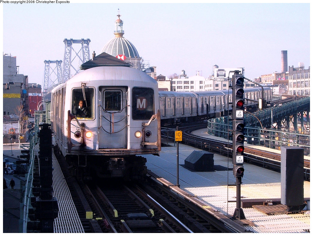 (241k, 1044x788)<br><b>Country:</b> United States<br><b>City:</b> New York<br><b>System:</b> New York City Transit<br><b>Line:</b> BMT Nassau Street/Jamaica Line<br><b>Location:</b> Marcy Avenue <br><b>Route:</b> M<br><b>Car:</b> R-42 (St. Louis, 1969-1970)   <br><b>Photo by:</b> Christopher Esposito<br><b>Date:</b> 12/30/2004<br><b>Viewed (this week/total):</b> 0 / 3032