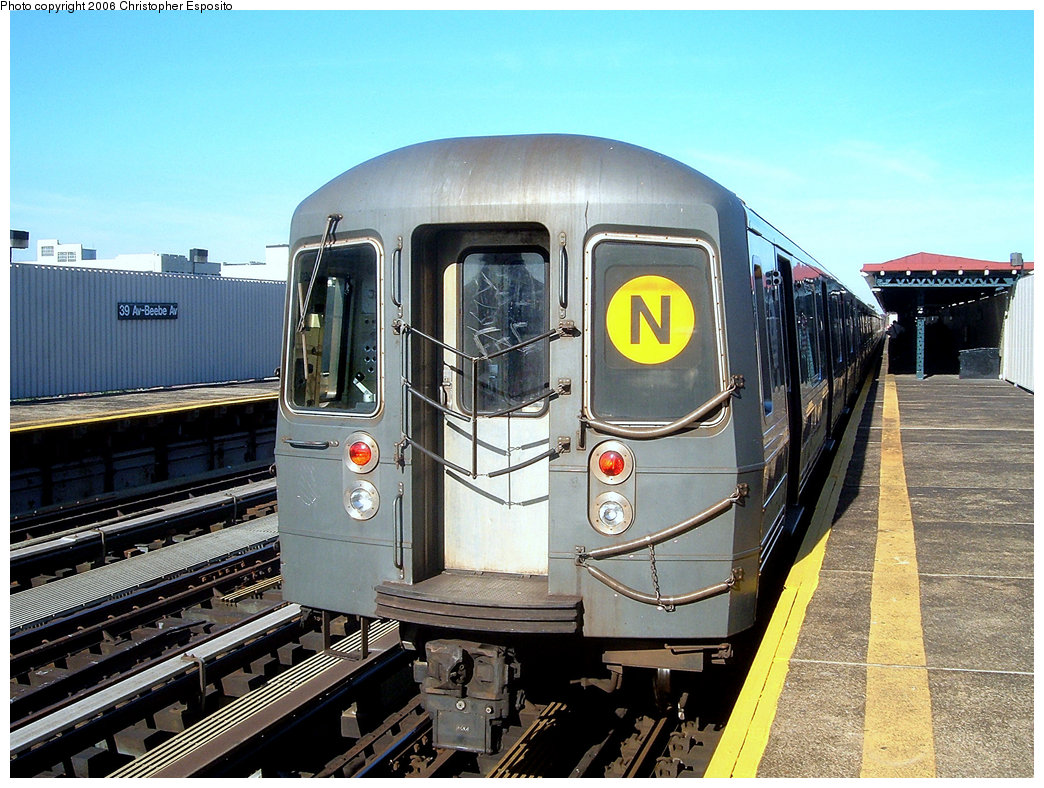 (238k, 1044x788)<br><b>Country:</b> United States<br><b>City:</b> New York<br><b>System:</b> New York City Transit<br><b>Line:</b> BMT Astoria Line<br><b>Location:</b> 39th/Beebe Aves. <br><b>Route:</b> N<br><b>Car:</b> R-68/R-68A Series (Number Unknown)  <br><b>Photo by:</b> Christopher Esposito<br><b>Date:</b> 10/28/2004<br><b>Viewed (this week/total):</b> 2 / 1756