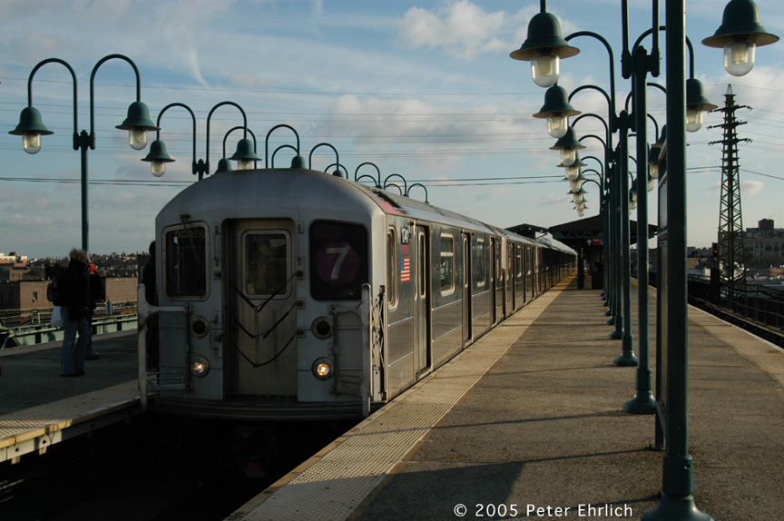 (181k, 864x574)<br><b>Country:</b> United States<br><b>City:</b> New York<br><b>System:</b> New York City Transit<br><b>Line:</b> IRT Flushing Line<br><b>Location:</b> 61st Street/Woodside <br><b>Route:</b> 7<br><b>Car:</b> R-62A (Bombardier, 1984-1987)  1741 <br><b>Photo by:</b> Peter Ehrlich<br><b>Date:</b> 12/30/2005<br><b>Viewed (this week/total):</b> 1 / 1198