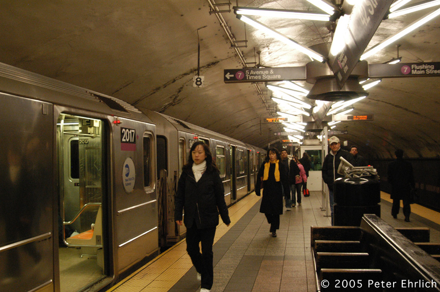 (214k, 864x574)<br><b>Country:</b> United States<br><b>City:</b> New York<br><b>System:</b> New York City Transit<br><b>Line:</b> IRT Flushing Line<br><b>Location:</b> Grand Central <br><b>Route:</b> 7<br><b>Car:</b> R-62A (Bombardier, 1984-1987)  2017 <br><b>Photo by:</b> Peter Ehrlich<br><b>Date:</b> 12/30/2005<br><b>Viewed (this week/total):</b> 2 / 3194