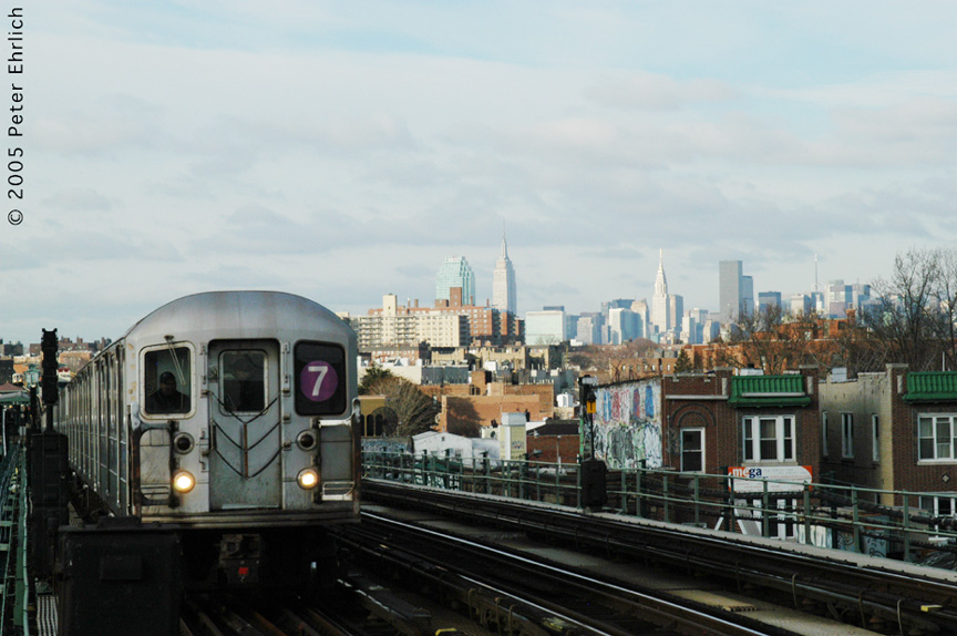 (170k, 864x574)<br><b>Country:</b> United States<br><b>City:</b> New York<br><b>System:</b> New York City Transit<br><b>Line:</b> IRT Flushing Line<br><b>Location:</b> 74th Street/Broadway <br><b>Route:</b> 7<br><b>Car:</b> R-62A (Bombardier, 1984-1987)   <br><b>Photo by:</b> Peter Ehrlich<br><b>Date:</b> 12/30/2005<br><b>Viewed (this week/total):</b> 0 / 1985