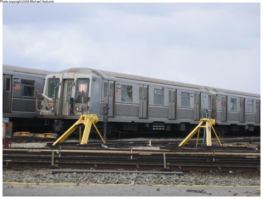 (146k, 1044x788)<br><b>Country:</b> United States<br><b>City:</b> New York<br><b>System:</b> New York City Transit<br><b>Location:</b> Coney Island Yard<br><b>Car:</b> R-40 (St. Louis, 1968)  4398 <br><b>Photo by:</b> Michael Hodurski<br><b>Date:</b> 3/24/2006<br><b>Viewed (this week/total):</b> 0 / 1818