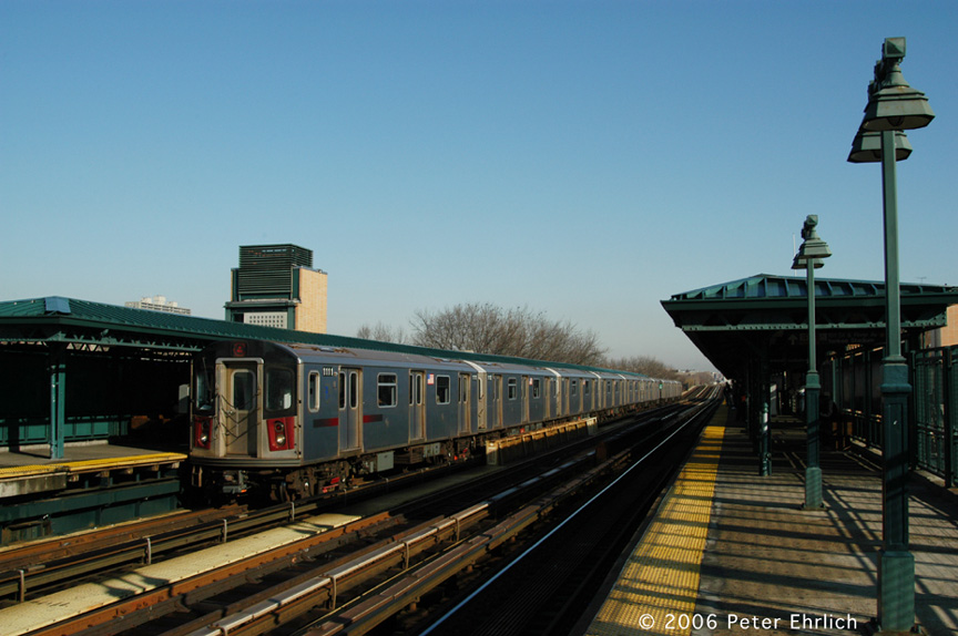 (169k, 864x574)<br><b>Country:</b> United States<br><b>City:</b> New York<br><b>System:</b> New York City Transit<br><b>Line:</b> IRT Woodlawn Line<br><b>Location:</b> 161st Street/River Avenue (Yankee Stadium) <br><b>Car:</b> R-142 (Option Order, Bombardier, 2002-2003)  1111 <br><b>Photo by:</b> Peter Ehrlich<br><b>Date:</b> 1/24/2006<br><b>Viewed (this week/total):</b> 0 / 1746